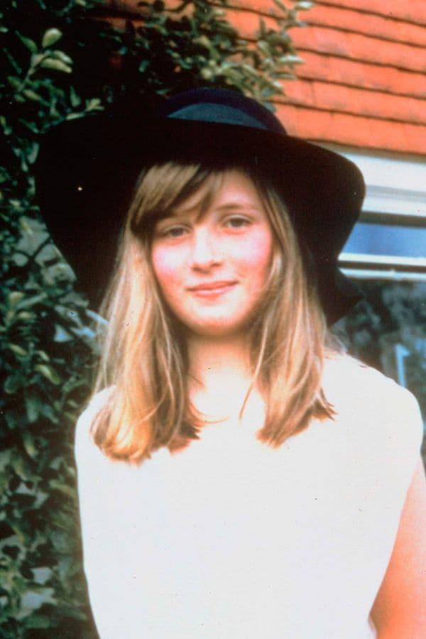 A Princesa Diana adolescente