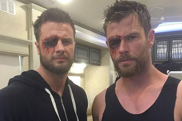 Chris Hemsworth e Bobby Holland