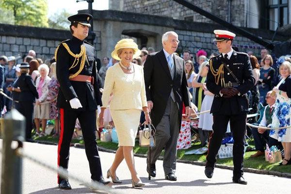 O ex-primeiro ministro John Major e sua esposa
