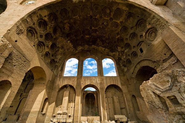 Basílica de Maxêncio, Roma, Itália